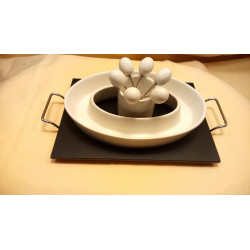 idéal pour les apéritifs ou tout au long d'un repas : service à olive