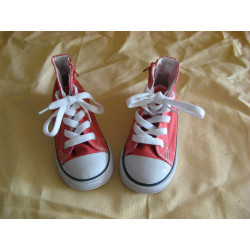 chaussure type converse...
